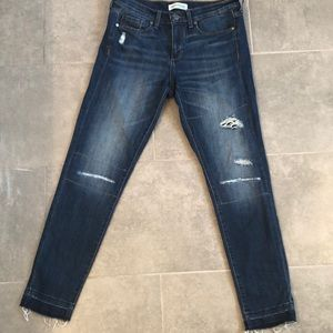 Banana Republic distressed skinny jeans size 28